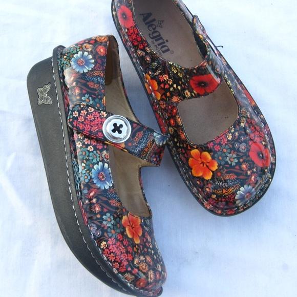 55418dda0b Alegria Shoes | Paloma Black Floral Clog 38 758 | Poshmark
